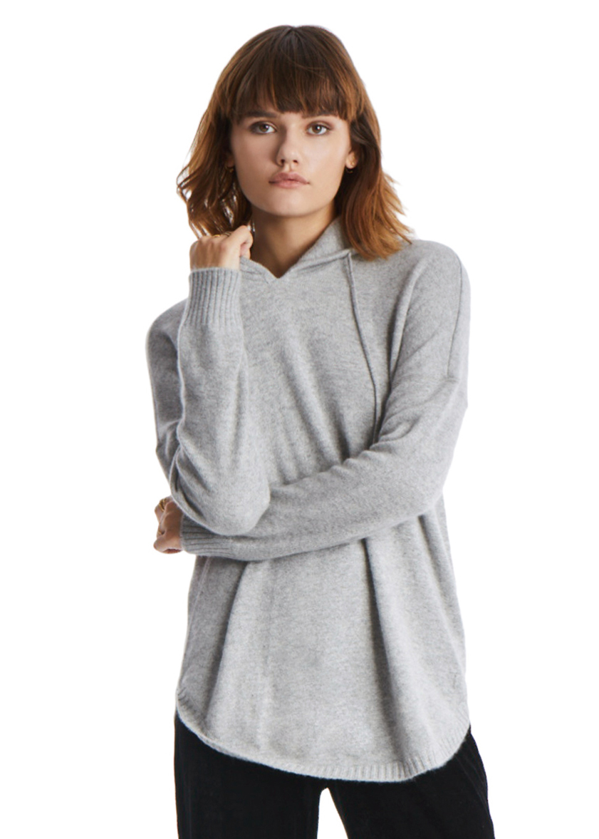 TAGS Long Sleeve Cashmere Hoodie <p>One way to elevate the lounge-ready hoodie? Cashmere, of course. Designed in a relaxed silhouette with a curved hem, this heather-grey sweater is supersoft and lightweight, just what you need to fight the chill as temperatures dip.&nbsp;</p>
